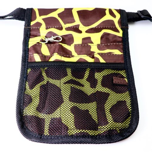 Giraffe Nurses Pouch Front
