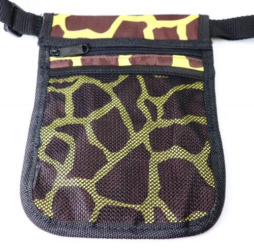 Giraffe Nurses Pouch rear